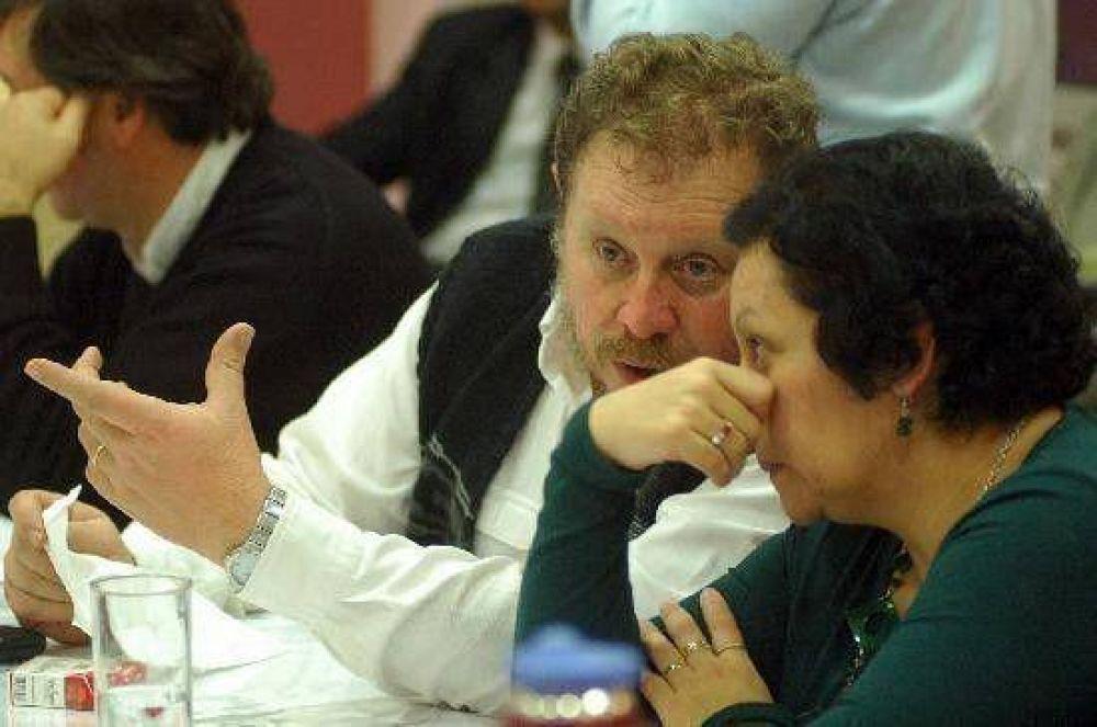 """Lazzeri pidió a Rodríguez dejar de hablar """"pavadas"""" y gobernar"""
