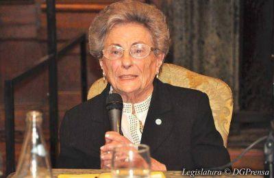 La Legislatura Porteña distinguió a Ester El Kadri