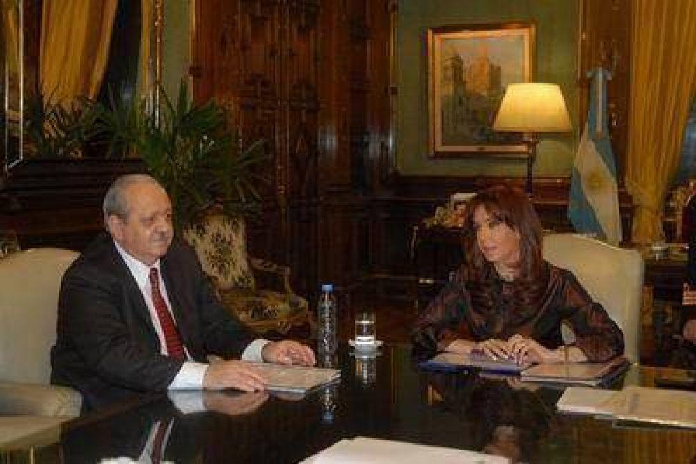 Brizuela llevó reclamos varios a la Presidenta y salió conforme