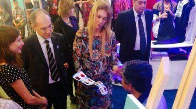 Débora Giorgi felicitó el espacio y los diseñadores santiagueños en PuroDiseño