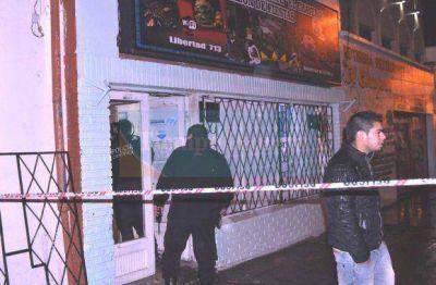 Realizaron una inspección ocular en el bar donde hubo apuñalados