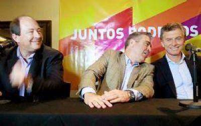 Mucho bombo y pocas ideas en el acto de Macri y Sanz en Tucumán