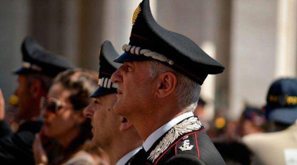 Papa Francisco valora a policías que dan la vida por proteger a los demás
