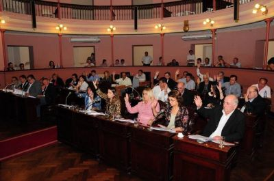Diputados podría aprobar el martes el proyecto que autoriza un préstamo millonario a la citrícola Ayuí