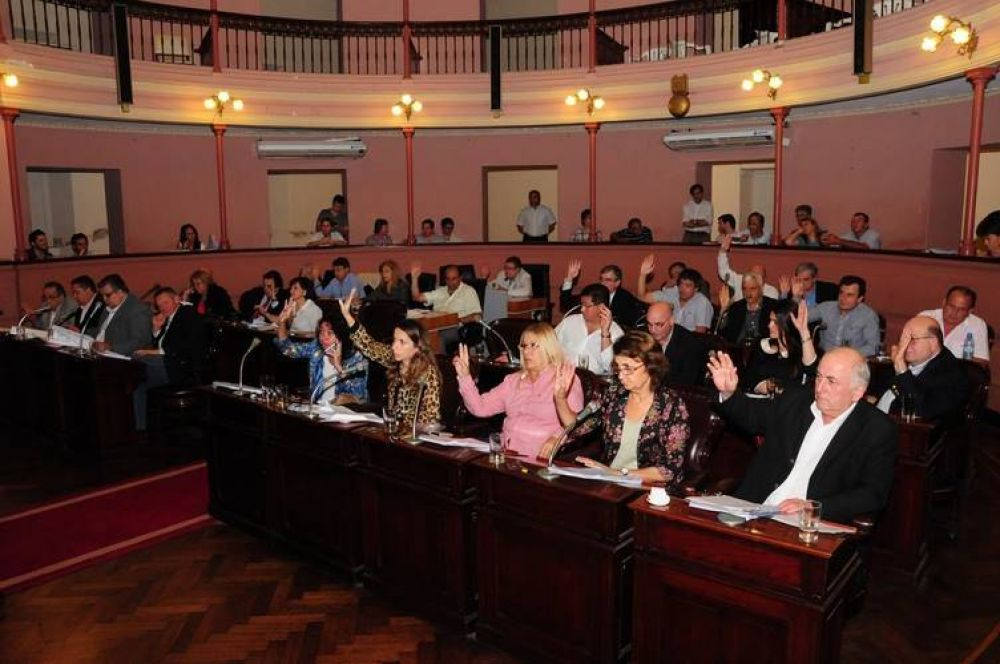 Diputados podría aprobar este martes el proyecto que autoriza un préstamo millonario a la citrícola Ayuí