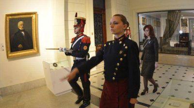 El sable corvo del General San Martín quedó expuesto en el Museo Histórico Nacional