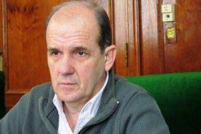 Durísimo el intendente de Pehuajó con Mario Gallardo y Jorge Fernández