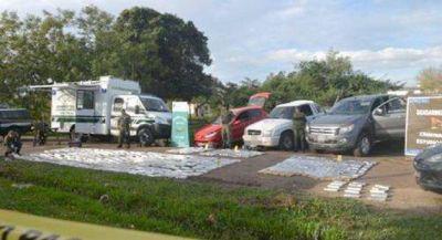 Gendarmería incautó 600 kilos de droga y autos usados para el traslado