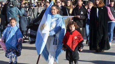 Comodoro celebra los 205 años de la Revolución de Mayo con desfile
