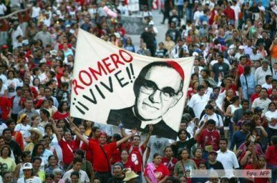 Para el Papa, monseñor Romero