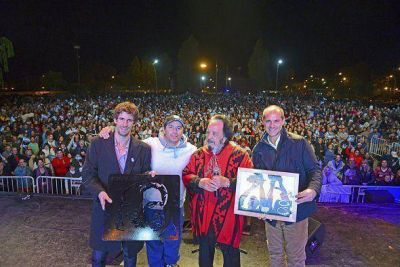 Horacio Guarany brill� ante m�s de 25 mil personas en San Fernando