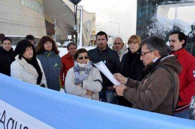 El FEPOTRA realizó un acto reclamando el cruce por aguas argentinas