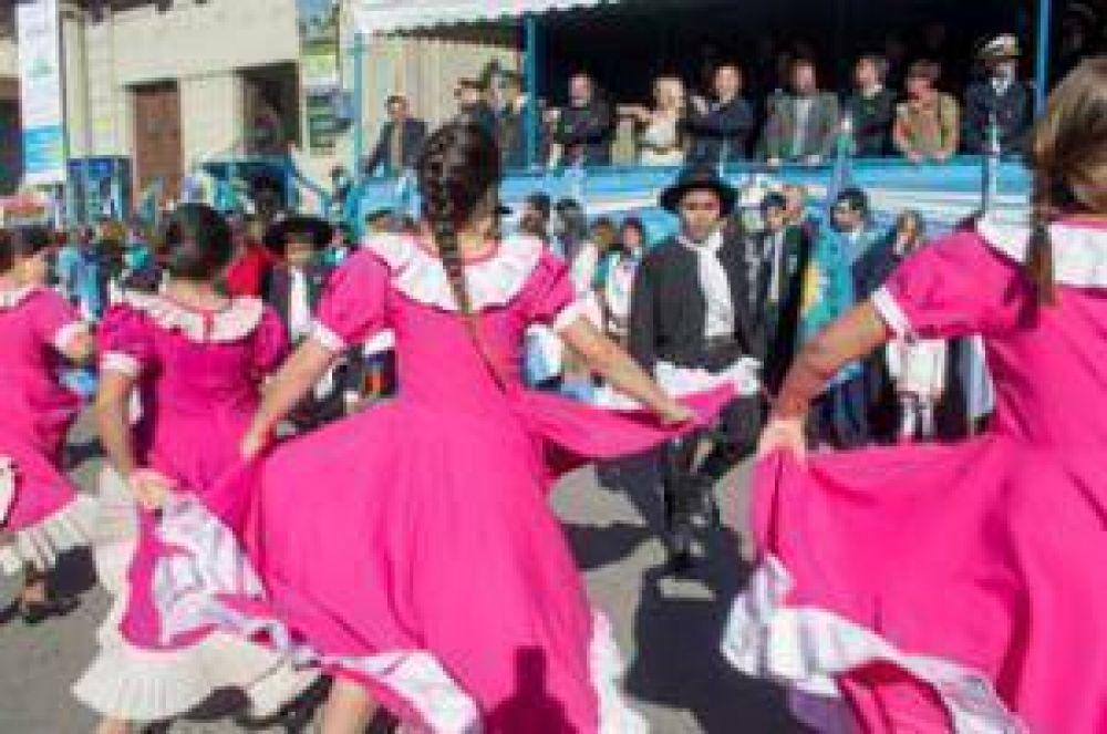 Se realizó el acto por el 205° aniversario de la Revolución de Mayo