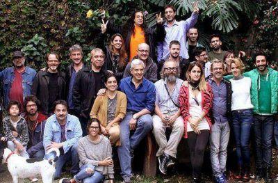 Julián Domínguez junto a un grupo de artistas abordó políticas culturales para la provincia