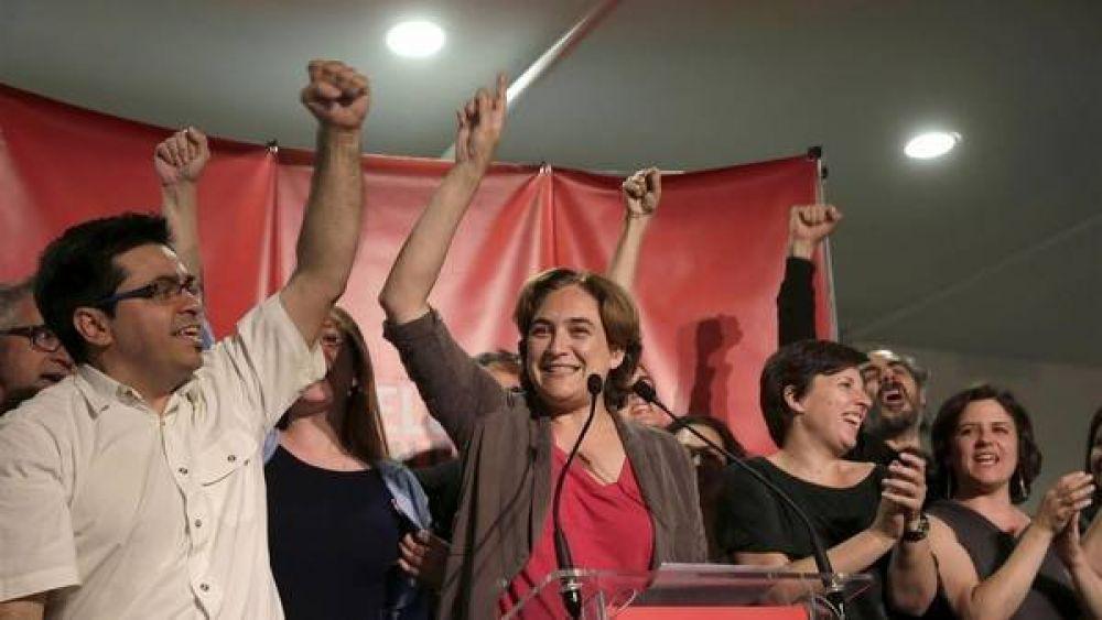 """Mujeres """"indignadas"""" ya se preparan para gobernar en Madrid y en Barcelona"""