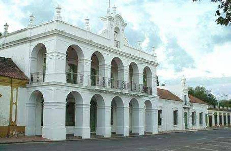 Piden restitución de puertas históricas