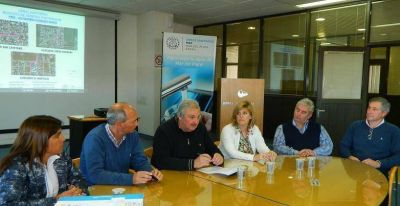 OSSE firmó contrato para la ejecución de obras pluviales en los barrios El Martillo, San Cayetano y Jorge Newbery