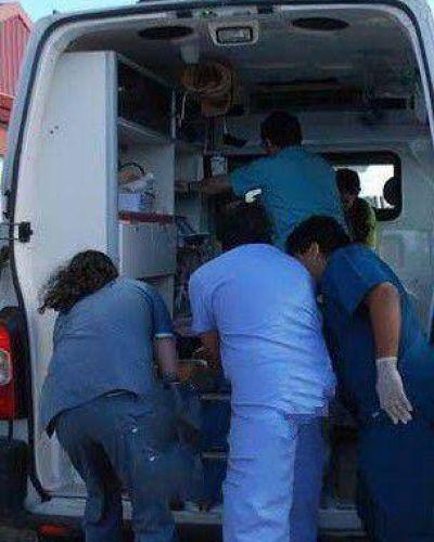 Fatídica ruta 88: joven motociclista colisionó con un camión; lucha por su vida