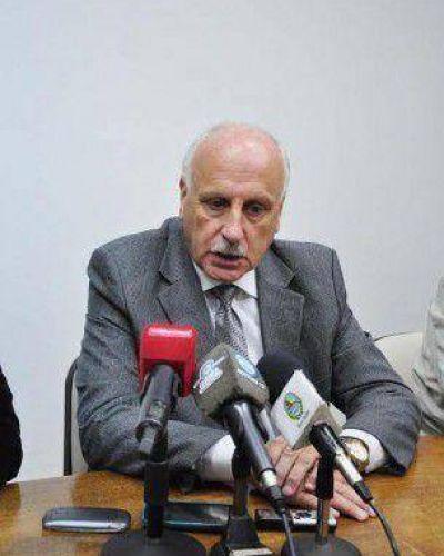 Raúl Feito aspira a un nuevo período al frente del Municipio y, por ahora, dentro del Frente Renovador