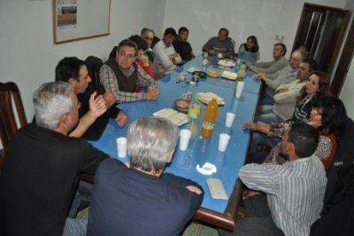 Mendioroz renov� su apoyo a los productores que ma�ana protestan en las rutas
