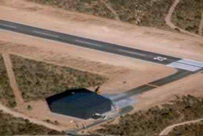 Buscan establecer por ley uso público de aeropuerto vinculado con Lewis
