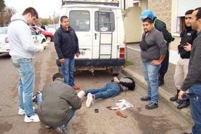 Asalto, tiros y una persecuci�n en Santa Rosa