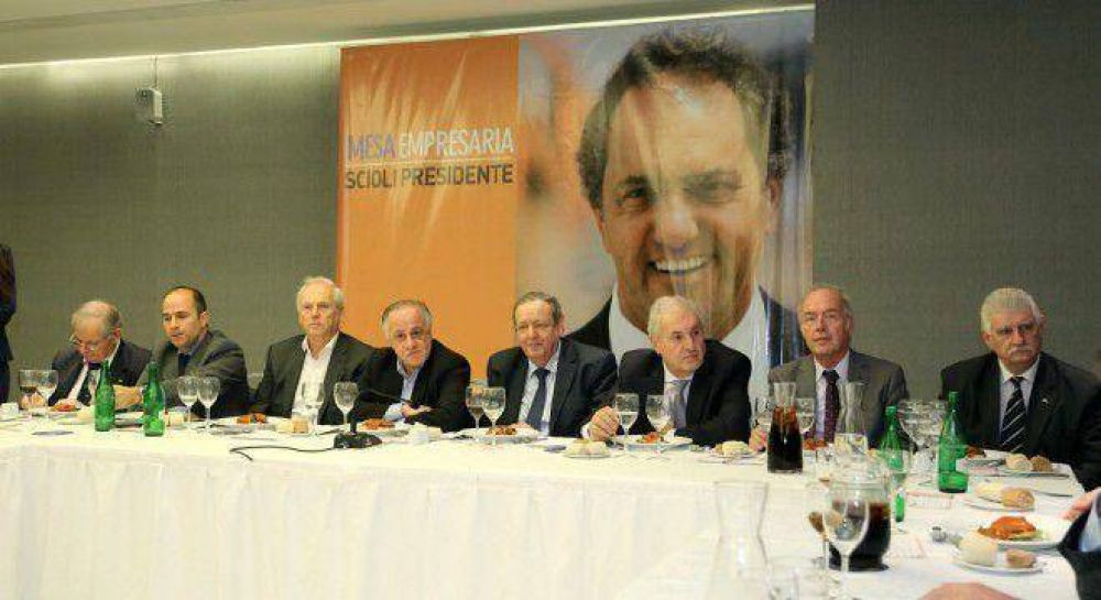 """Empresarios lanzaron la Mesa """"Scioli 2015"""""""