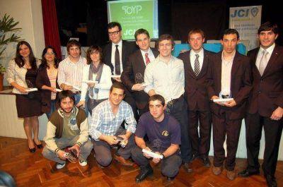 La JCI Gualeguaychú vuelve a premiar a los jóvenes destacados de la ciudad