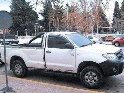 Comenzó el juicio contra un efectivo de la policía por el robo de una camioneta