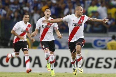 River logr� la haza�a en Brasil: gole� 3 a 0 a Cruzeiro y avanz� a semifinales