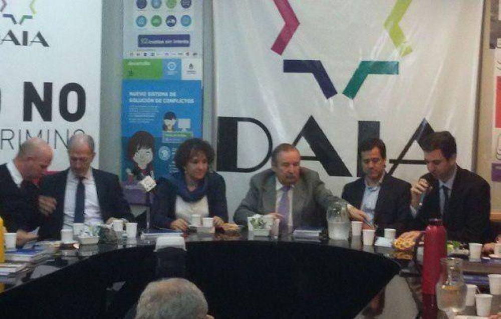 """Para la DAIA, la visita de Recalde """"es el punto inicial para volver a ampliar el trabajo en conjunto"""" con el Gobierno"""