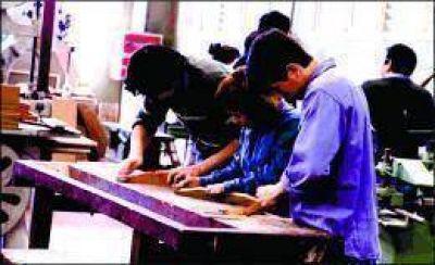 Otorgarán 80 mil pesos para refacciones edilicias de la EPET Nº 39 de El Soberbio