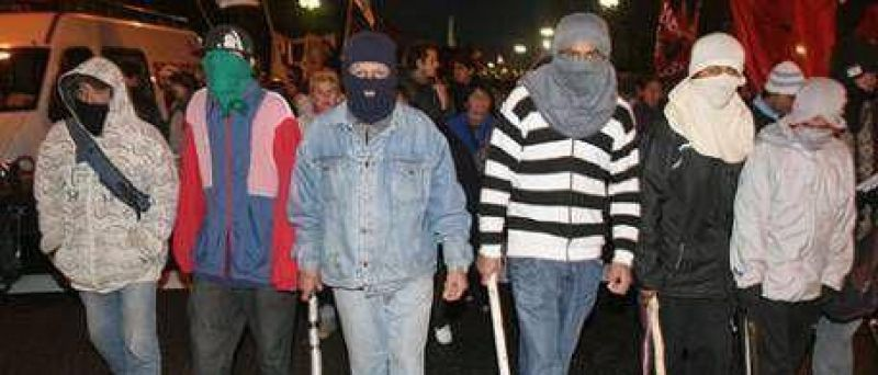 Marcharon contra la policía de Macri