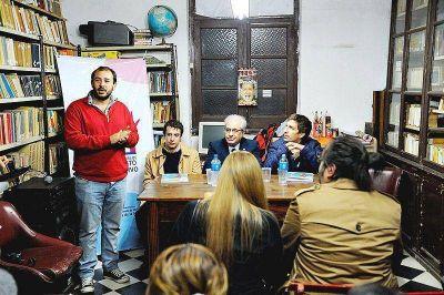 Presentaron, Ustarroz y Pisano, el Presupuesto Participativo en la Casa de Pueblo