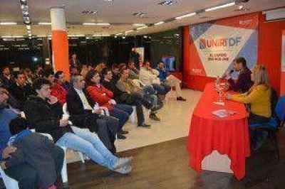 Sciurano presentó su proyecto de Gobierno a empresarios