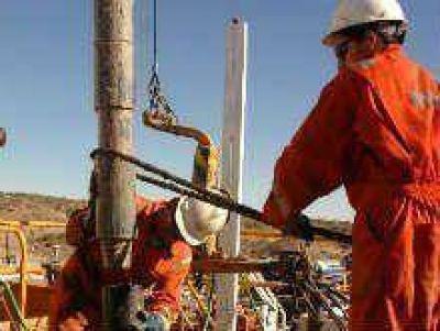 Aporte oficial para capacitar a jóvenes petroleros