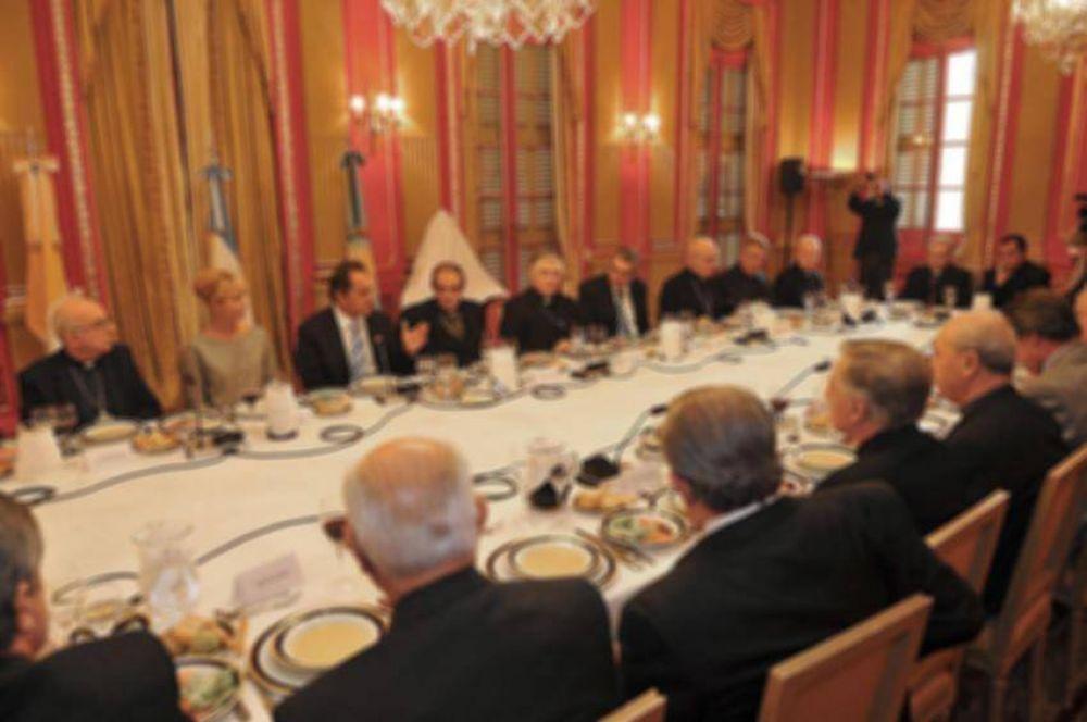 Obispos bonaerenses transmitieron sus preocupaciones al gobernador Scioli