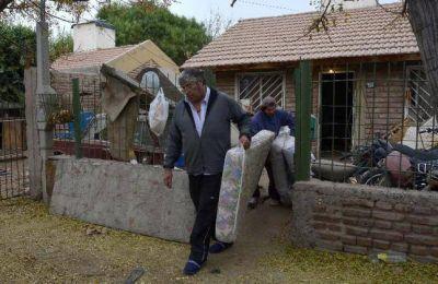 Desalojan vivienda reclamada por su dueño desde 1999