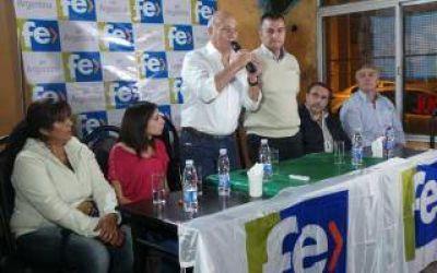 Venegas inauguró local en General Rodríguez:
