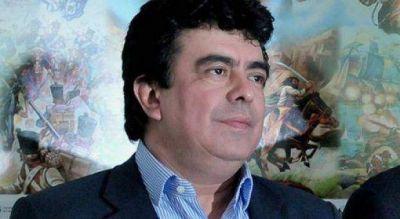 """Espinoza quiere una """"gendarmería urbana"""" y remarcó no declina su candidatura a la Gobernación"""