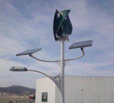 Crespo: Proyectan que parte del alumbrado público se alimente con energía solar y eólica