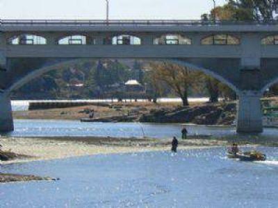 El saneamiento del lago no est� en la agenda los candidatos a gobernador