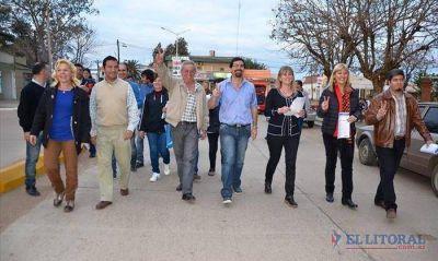 Con reclamos de fondos a la Provincia, candidatos del FPV recorren el interior