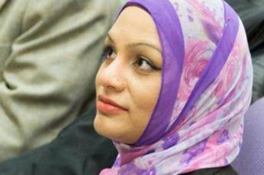 Negaron un refresco a una musulmana en un vuelo de United Airlines por