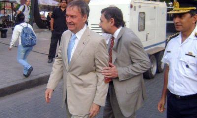 """Candidatos firman esta tarde """"La Agenda del Gobernador"""" con Schiaretti en duda"""