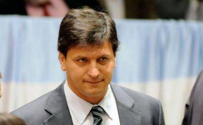 Máximo Kirchner le ordenó a Mauricio Gómez Bull, poner en el freezer la Comisión de Deportes en el Congreso