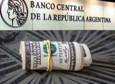 Por primera vez en ocho meses, cayeron las reservas del BCRA