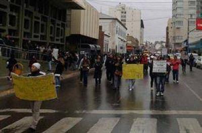 Comodoro Rivadavia: denuncian a un maestro por abuso de menores