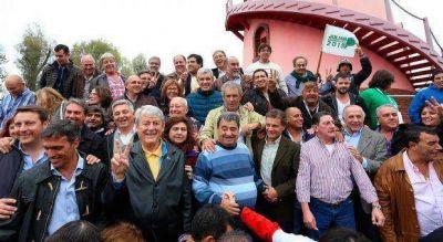 Pulti se mostr� con intendentes del FpV que tambi�n apoyan la candidatura de Juli�n Dom�nguez