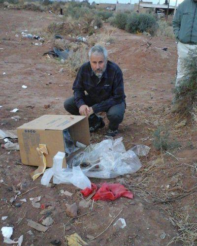 Vecinos alertaron sobre la presencia de residuos hospitalarios en la barda en Plottier